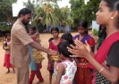 Thirumarn distributes bananas
