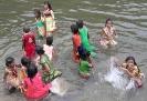 Girls-enjoying-the-river