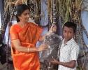 Shanthi presenting new shirt